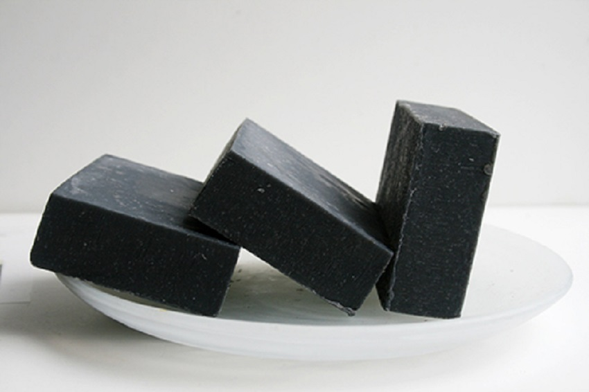5 incredible benefits of charcoal soap