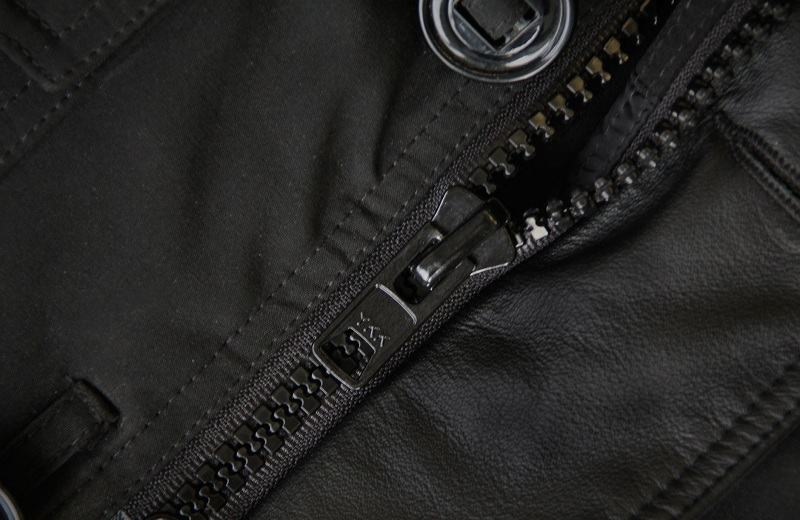 How To Fix The Zipper On The Jacket?