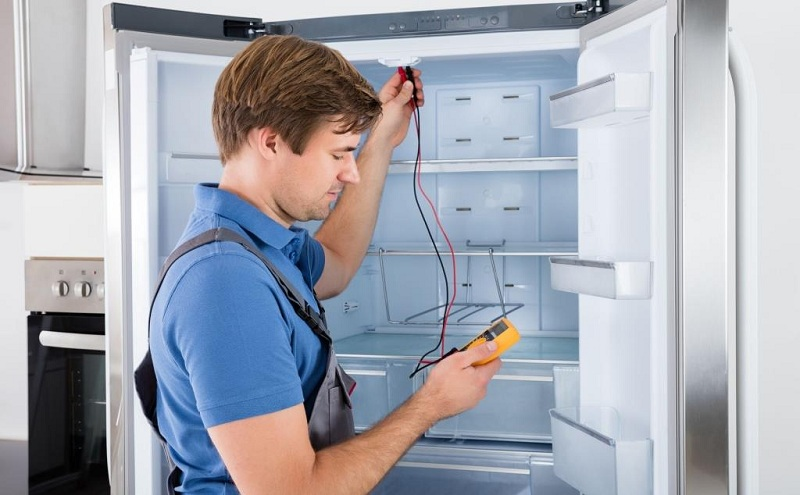 What To Do If The Refrigerator Flows?