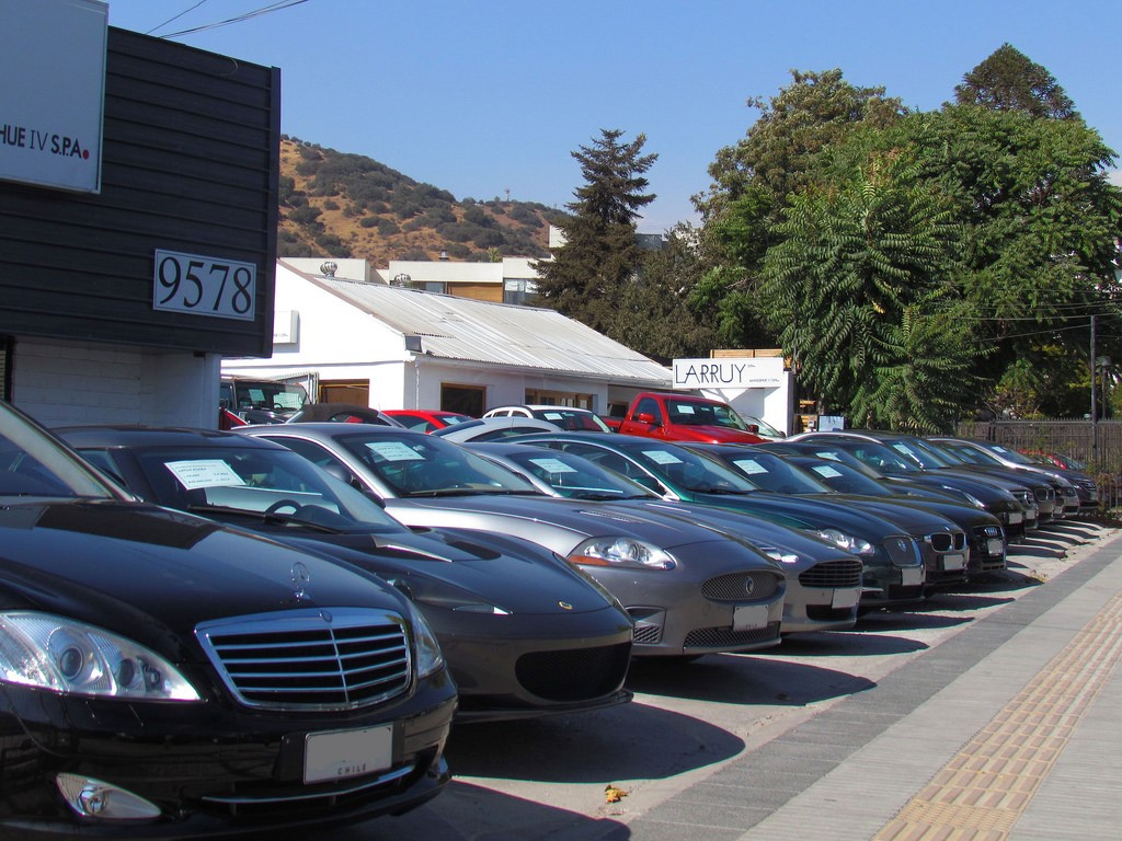 Why Are Car Dealers Failing to Turn Leads into Sales?