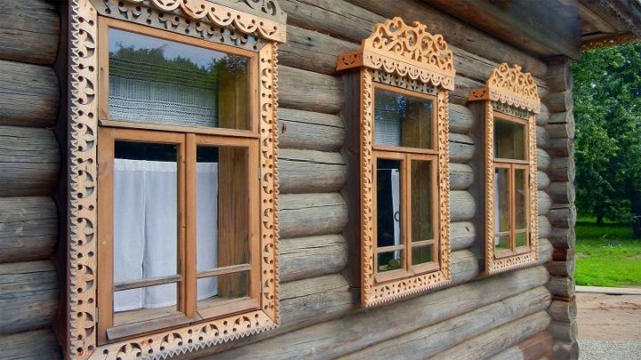 Design Of Platbands On Windows In The Wooden House