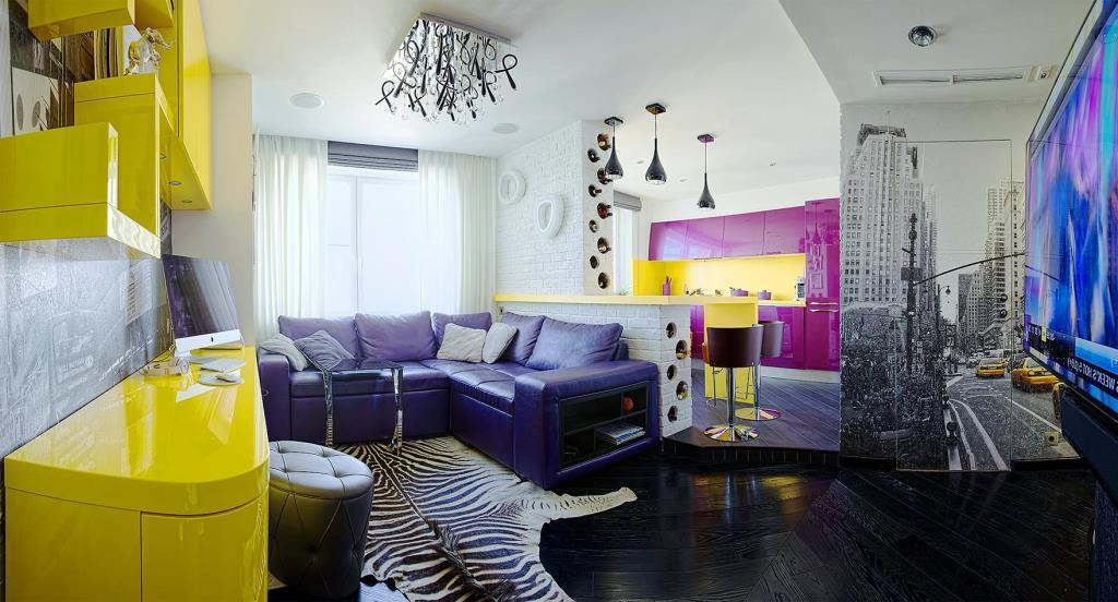 Kitsch Style In The Interior Of The Apartment