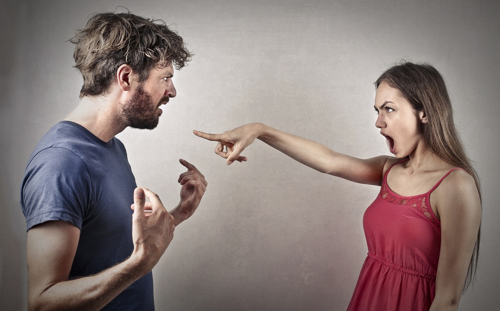 How To Quickly Establish Contact With A Man After A Quarrel!