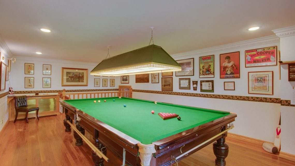 Design A Billiard Room In The House
