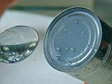 How to open a can without using a can opener: 3 simple tricks